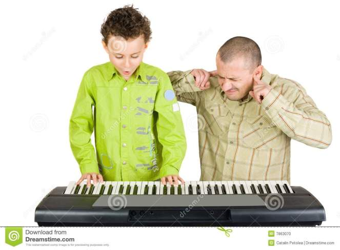 kid-playing-piano-badly-7863070